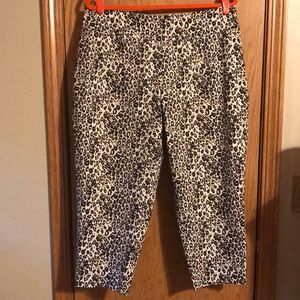 Cato size 16W Leopard print crop stretch pants NWT